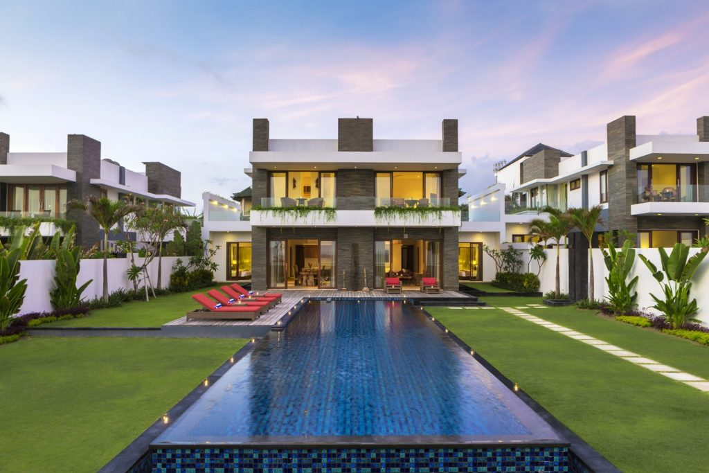 5 Bedroom Beachfront Villa